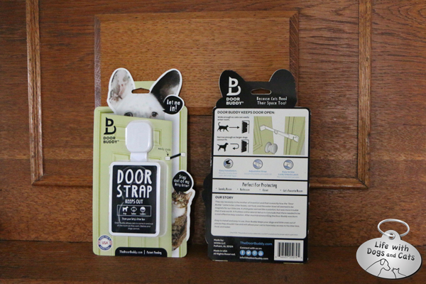 Door Buddy door strap helps keep dogs out of the litter box.